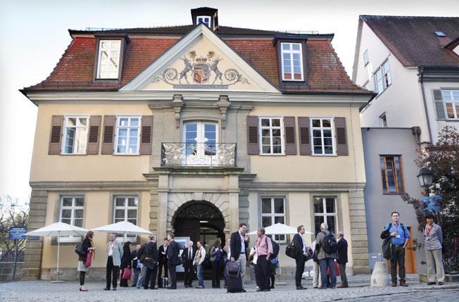Copyright : Anne Faden Bankverbindung : KSK Tübingen BLZ 641 500 20  Konto  : 134 983 photo@annefaden.de