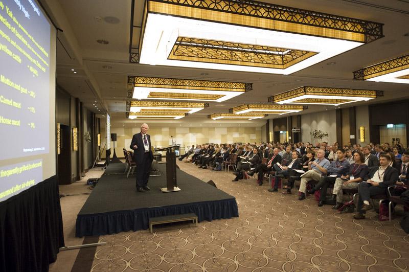 DEU, Deutschland, Germany, Berlin, 11.11.2015: 3rd International mRNA Health Conference, Hotel Hilton Berlin. Harald zur Hausen, German Cancer research Center (DKFZ), Nobel Laureate. Photo: © Jens Jeske / www.jens-jeske.de